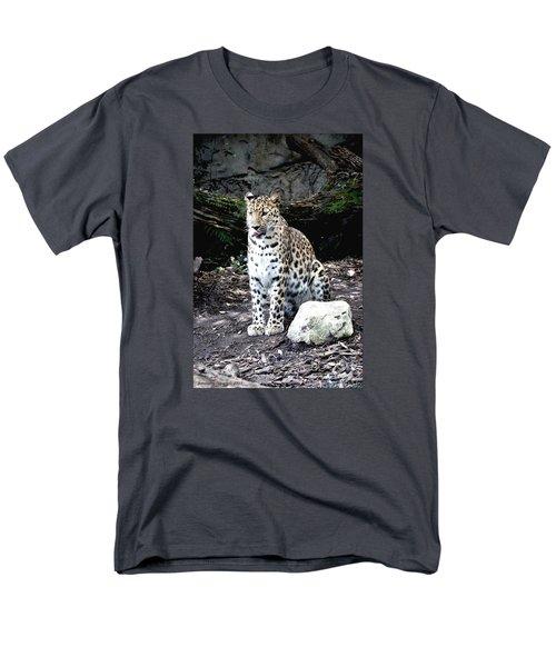 Leopard Men's T-Shirt  (Regular Fit) by Janice Spivey