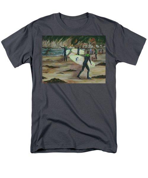 Pismo Beach Men's T-Shirt  (Regular Fit)