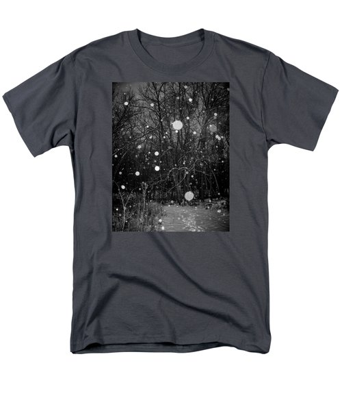 Men's T-Shirt  (Regular Fit) featuring the photograph A Message by Annette Berglund