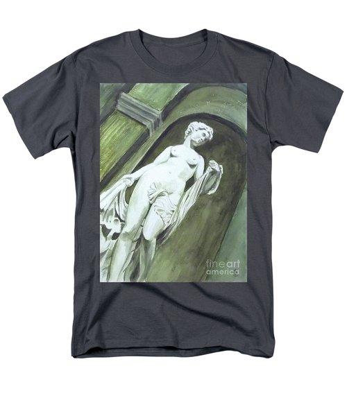 A Statue At The Toledo Art Museum - Ohio Men's T-Shirt  (Regular Fit) by Yoshiko Mishina