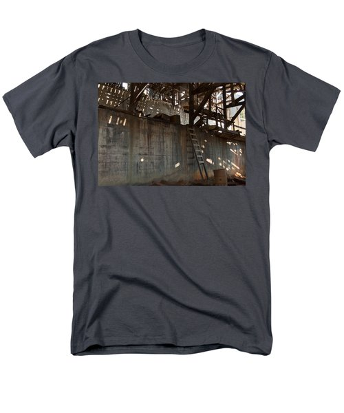 Men's T-Shirt  (Regular Fit) featuring the photograph Abandoned by Fran Riley