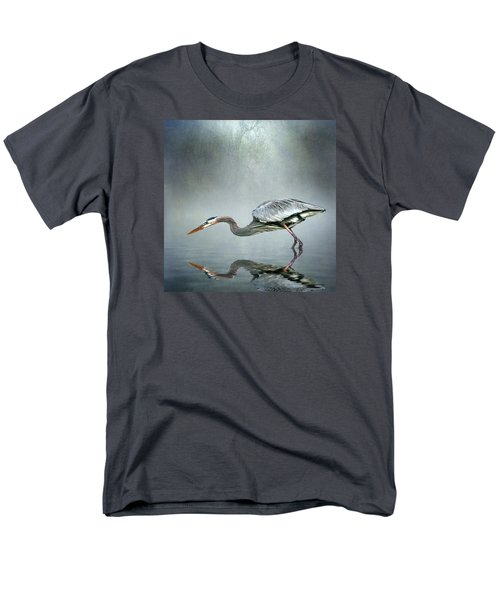 Men's T-Shirt  (Regular Fit) featuring the photograph About To Strike by Brian Tarr