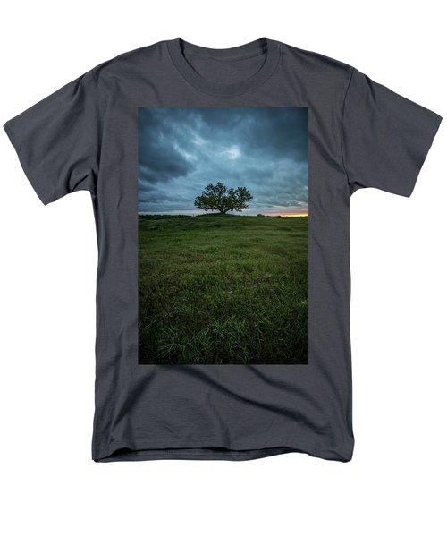 Alive Men's T-Shirt  (Regular Fit)