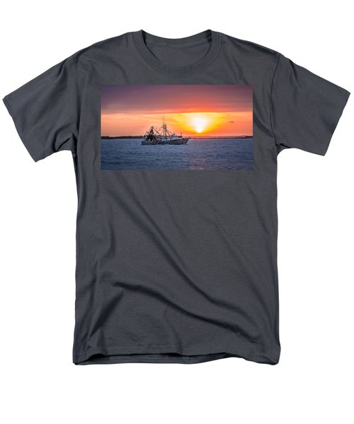 Amelia River Sunset 25 Men's T-Shirt  (Regular Fit) by Rob Sellers