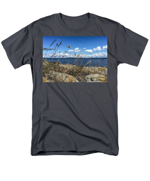 Men's T-Shirt  (Regular Fit) featuring the photograph At Point Lawrence by William Wyckoff