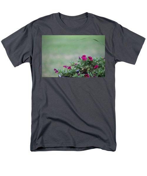 Barrel Of Flowers Men's T-Shirt  (Regular Fit)