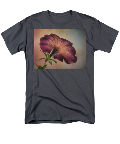 Men's T-Shirt  (Regular Fit) featuring the photograph Behind The Scene by David and Carol Kelly