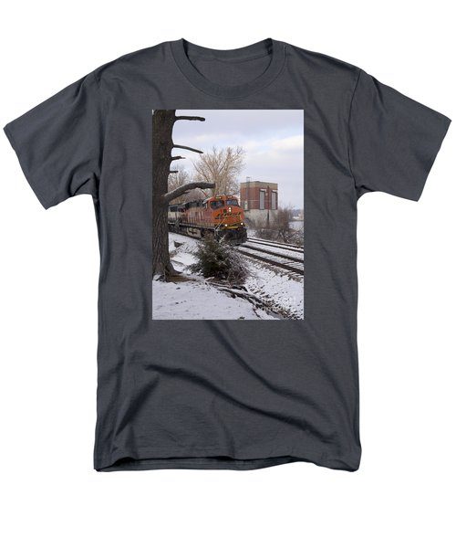 Bnsf 6338 - Train Photo Men's T-Shirt  (Regular Fit) by Jane Eleanor Nicholas