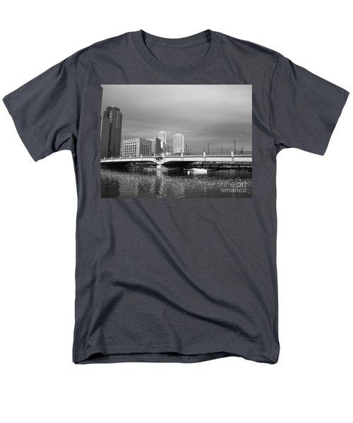Boston Bridge Men's T-Shirt  (Regular Fit) by Barbara Bardzik