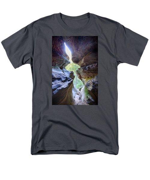 Men's T-Shirt  (Regular Fit) featuring the photograph Break Out by Alan Raasch