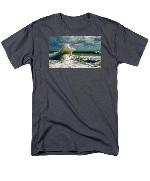 Breakwater Backwash Men's T-Shirt  (Regular Fit)