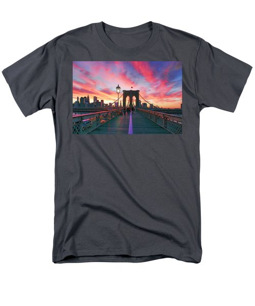 Brooklyn Sunset Men's T-Shirt  (Regular Fit)