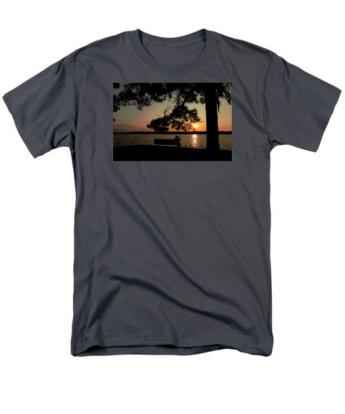 Men's T-Shirt  (Regular Fit) featuring the photograph Capturing The Sunset by Teresa Schomig