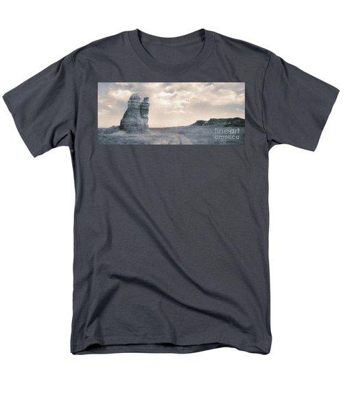 Castles Of Wonder Men's T-Shirt  (Regular Fit)