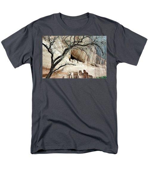 Chelly Framed Men's T-Shirt  (Regular Fit)