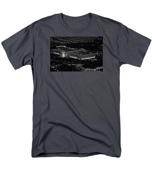 Men's T-Shirt  (Regular Fit) featuring the photograph Chicago Field Museum Bw by Richard Zentner