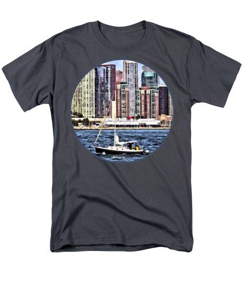 Chicago Il - Sailing On Lake Michigan Men's T-Shirt  (Regular Fit) by Susan Savad