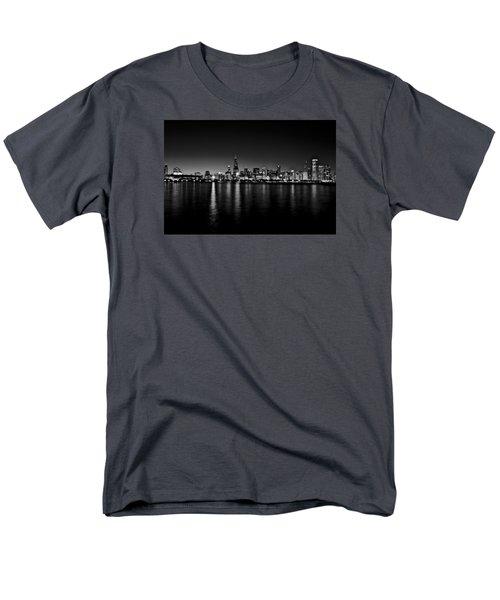 Chicago Skyline Bnw Men's T-Shirt  (Regular Fit) by Richard Zentner