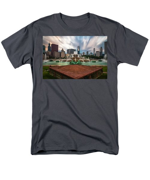 Chicago's Buckingham Fountain Men's T-Shirt  (Regular Fit) by Sean Foster