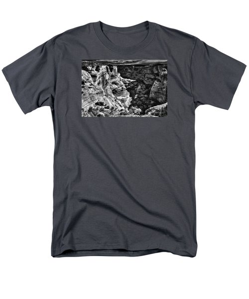 Men's T-Shirt  (Regular Fit) featuring the digital art Chio Wohya by William Fields