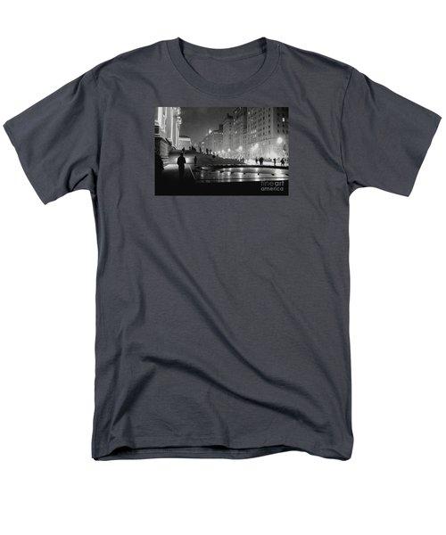 Closing At The Met Men's T-Shirt  (Regular Fit) by Sandy Moulder