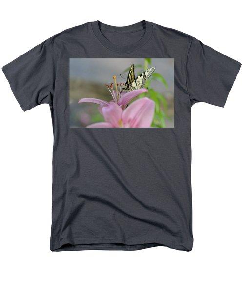 Coming In Men's T-Shirt  (Regular Fit) by Janet Rockburn
