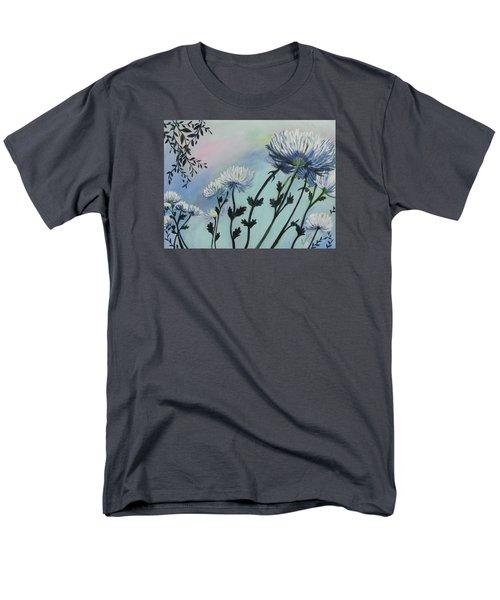 Cool White Spider Mums Men's T-Shirt  (Regular Fit)