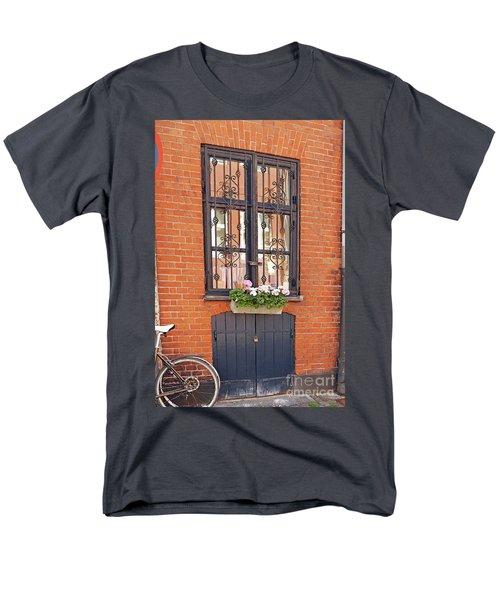 Copenhagen Window Men's T-Shirt  (Regular Fit)