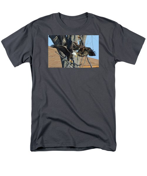 Dad And Junior With Fish Men's T-Shirt  (Regular Fit)