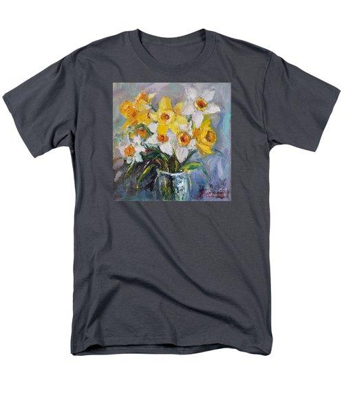 Daffodil In Spring  Men's T-Shirt  (Regular Fit)