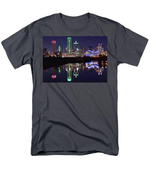 Dallas Reflecting At Night Men's T-Shirt  (Regular Fit)