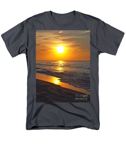 Day Is Done Men's T-Shirt  (Regular Fit)