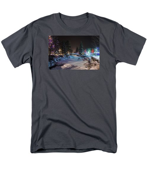 December On The Riverwalk Men's T-Shirt  (Regular Fit)