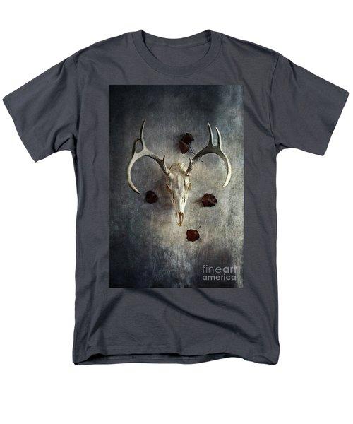 Deer Buck Skull With Fallen Leaves Men's T-Shirt  (Regular Fit)