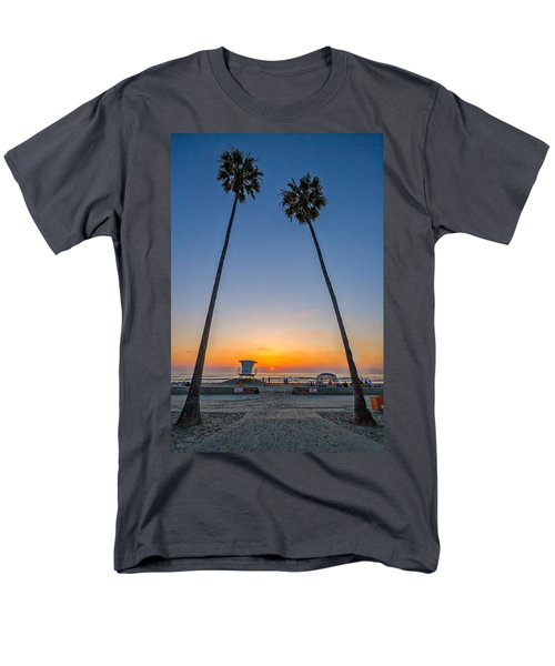 Dos Palms Men's T-Shirt  (Regular Fit) by Peter Tellone