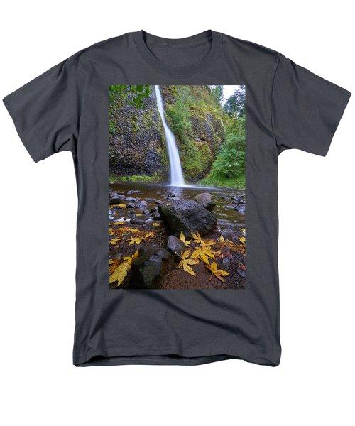 Fall Gorge Men's T-Shirt  (Regular Fit) by Jonathan Davison