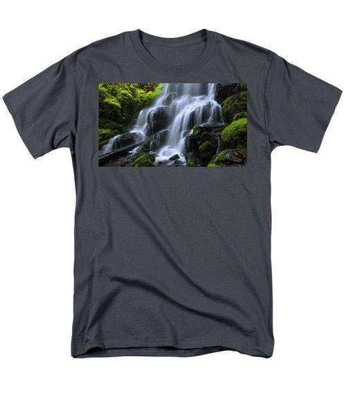 Falls Men's T-Shirt  (Regular Fit)