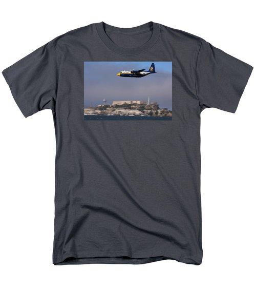 Fat Albert Buzzes The San Francisco Bay Men's T-Shirt  (Regular Fit)