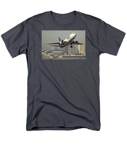 Fedex Express Md-10-10f N10060 Phoenix Sky Harbor December 2 2015 Men's T-Shirt  (Regular Fit) by Brian Lockett