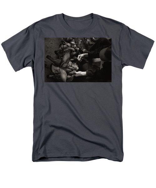 Feeding The Pigeons Men's T-Shirt  (Regular Fit) by James David Phenicie