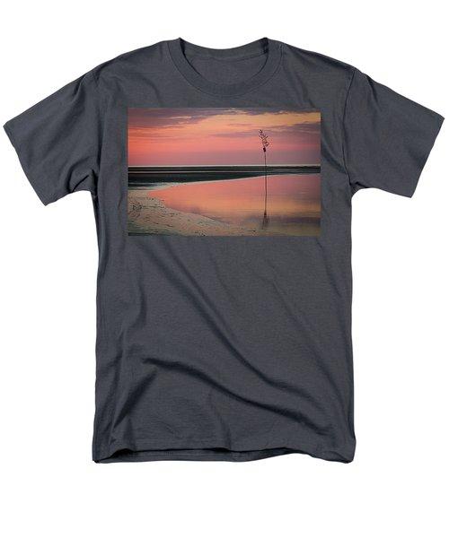 Feels Like A Dream Men's T-Shirt  (Regular Fit)