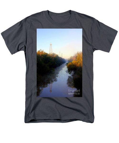Foggy Fall Morning On The Sabine River Men's T-Shirt  (Regular Fit)