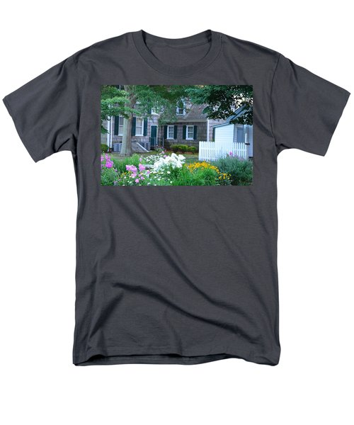 Gardens At The Burton-ingram House - Lewes Delaware Men's T-Shirt  (Regular Fit)