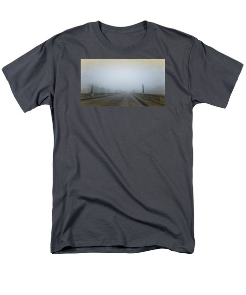 Gervais Bridge Christmas Day Men's T-Shirt  (Regular Fit) by Steven Richardson