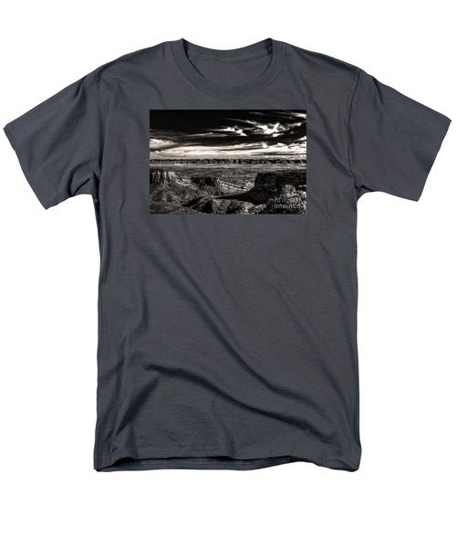 Men's T-Shirt  (Regular Fit) featuring the digital art Grand Junction In The Valley Below   by William Fields