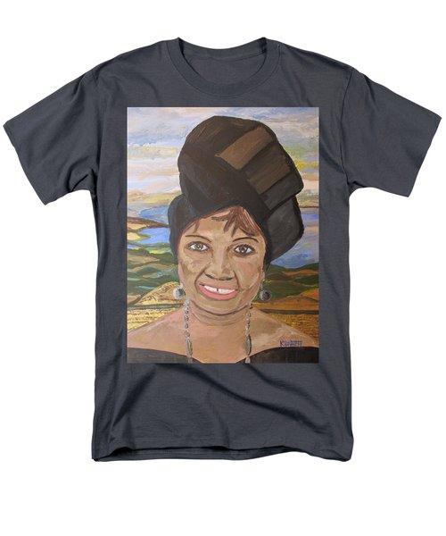 Happy Ramadan - Auntie Johnson Men's T-Shirt  (Regular Fit) by Mudiama Kammoh