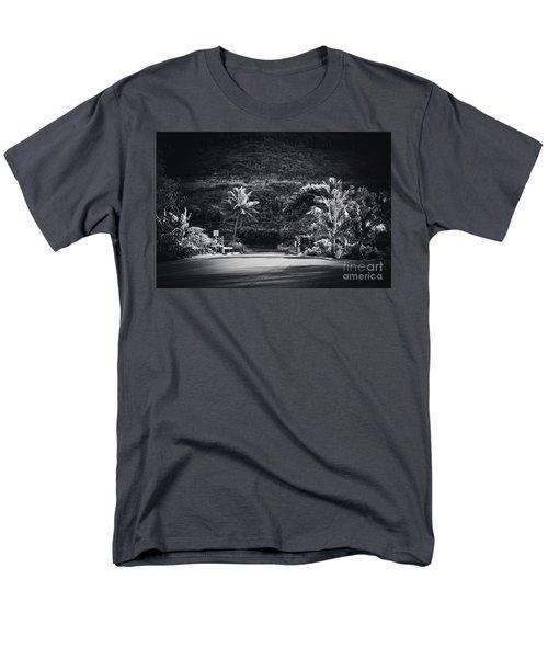 Men's T-Shirt  (Regular Fit) featuring the photograph Honokohau Maui Hawaii by Sharon Mau