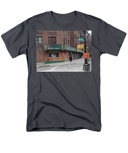 Men's T-Shirt  (Regular Fit) featuring the photograph Irish Eyes by Cole Thompson