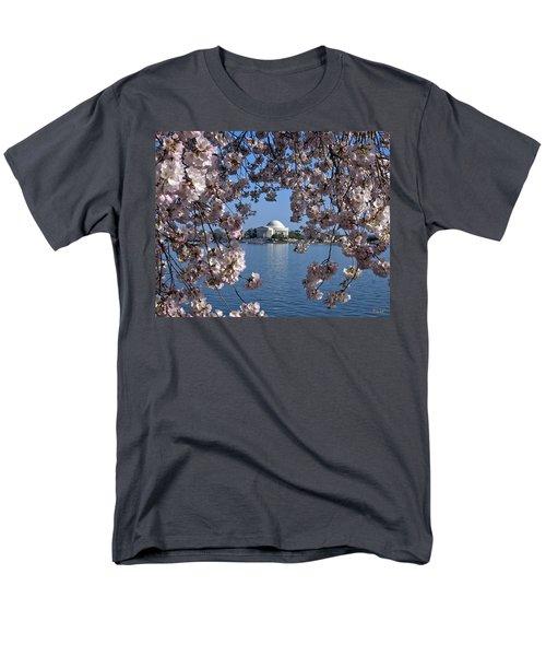 Men's T-Shirt  (Regular Fit) featuring the photograph Jefferson Memorial On The Tidal Basin Ds051 by Gerry Gantt