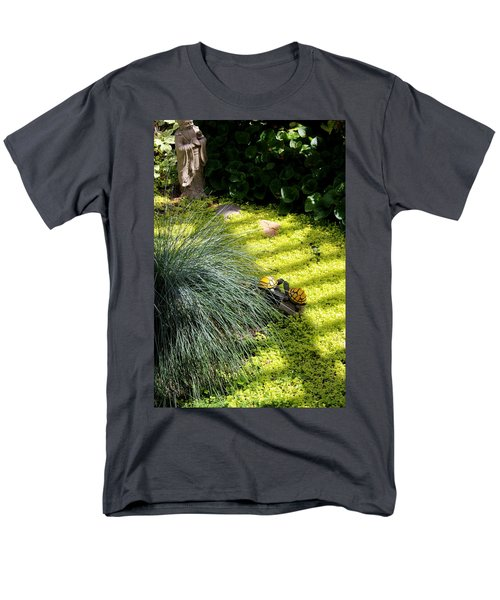 Men's T-Shirt  (Regular Fit) featuring the photograph Kissing Cousins by Marie Neder